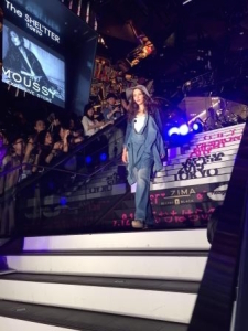 【American Eagle Outfitters Fashion Show in FNO】